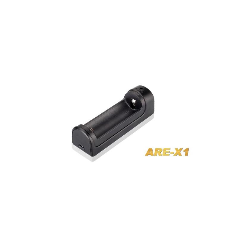 Fenix - lader voor 1 x 18650 of 1 x 26650