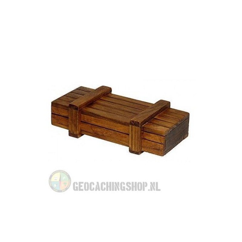 Wooden treasure chest-2
