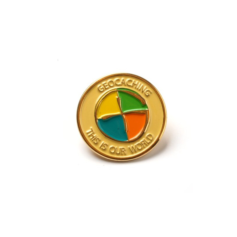 Pin - Geocaching: This is our World, goud